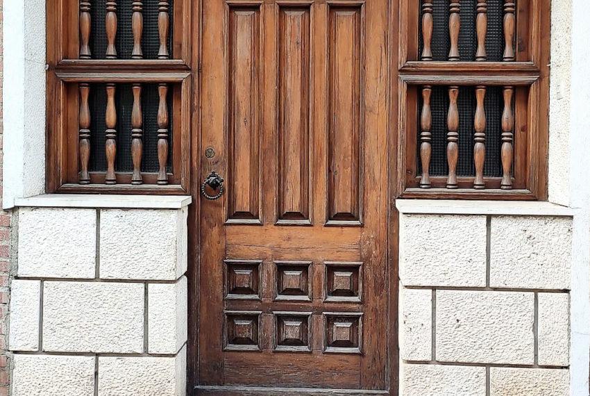 Fachada-Puerta-alquiler